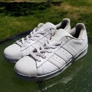 Adidas Superstar Triple White Youth Size 7 B23641